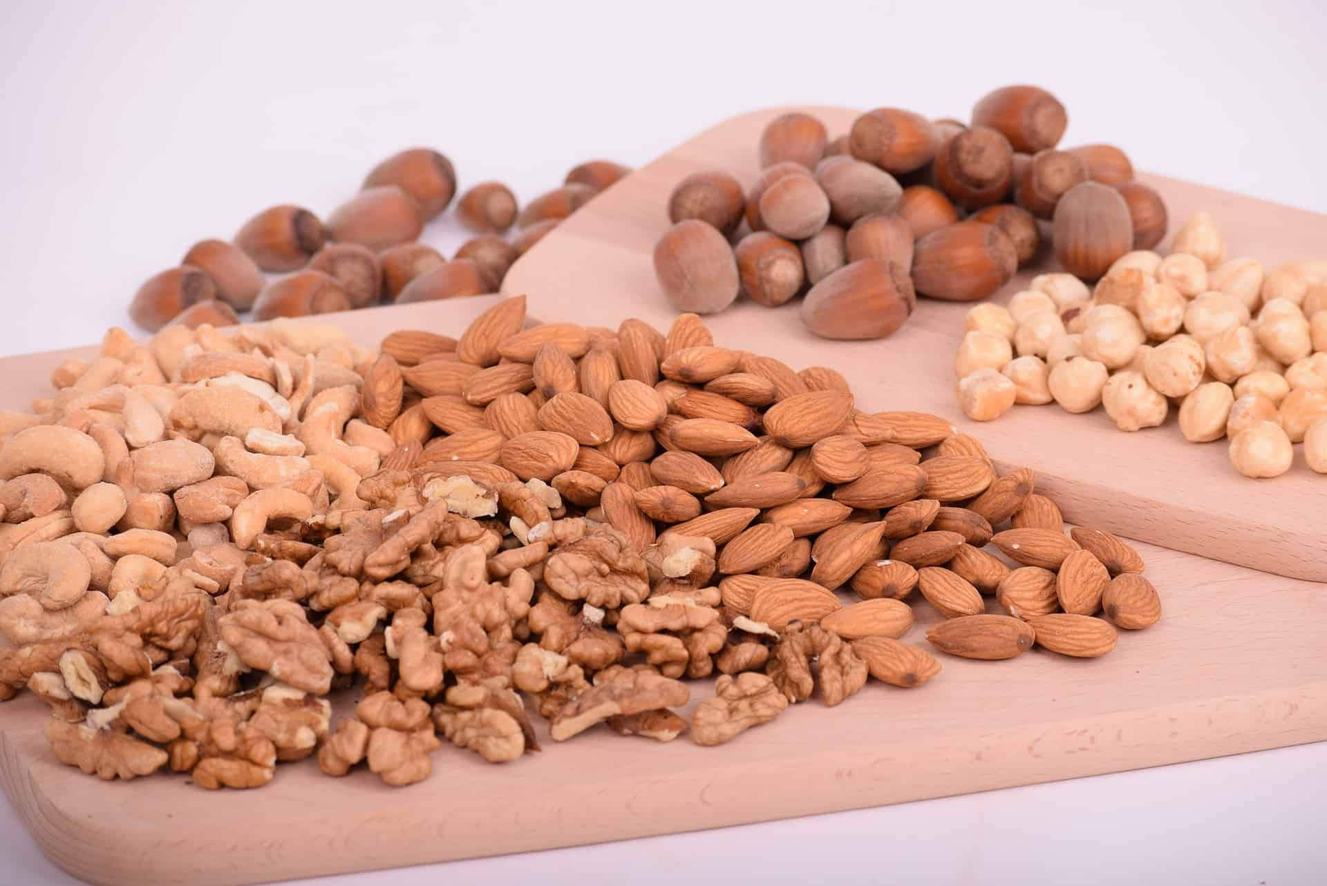 Nuts for keto food list